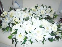 置くタイプの供花、3つで1セット